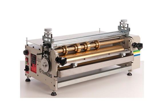 máquinas para indústria gráfica par aplicação de cola