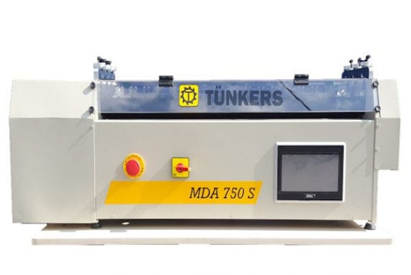 Dobradeira de Abas Semiautomática MDA 750S